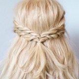 不器用 髪型 ロープ編みヘアアレンジ やり方